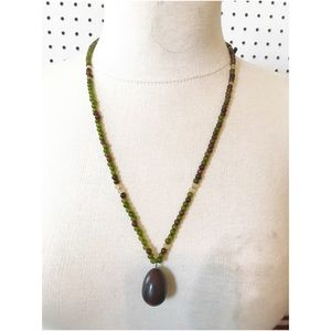 Jewelry - Beautiful real stone beaded necklace jasper egg